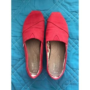 Classic red toms